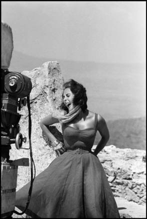 Liz Taylor - Behind the Scenes photos