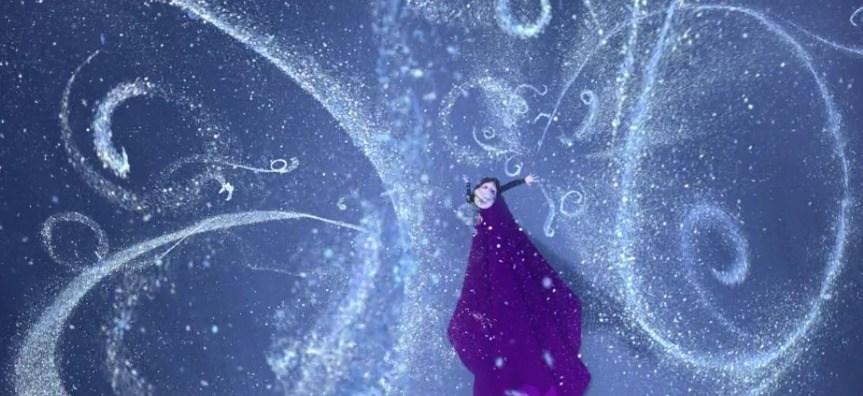 Queen Elsa Behind the Scenes