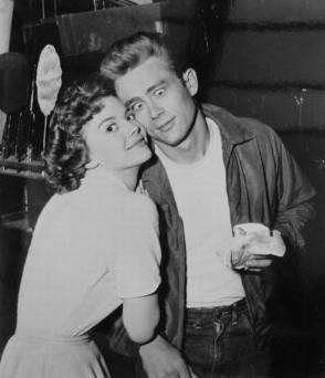 Natalie Wood and James Dean - Behind the Scenes photos