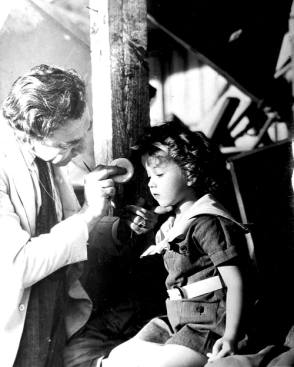 Shirley Temple - Behind the Scenes photos