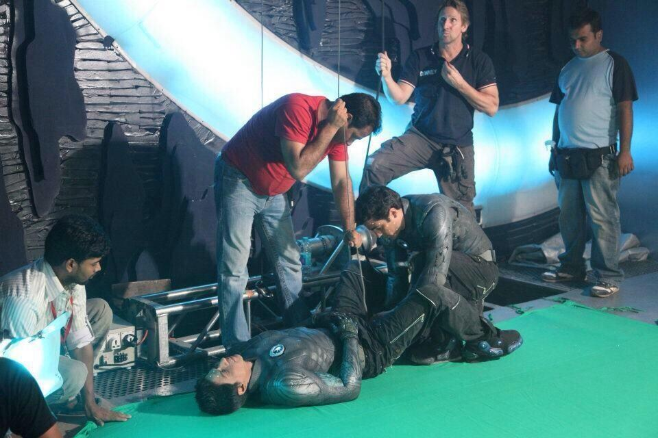 Ra.One Behind the Scenes Photos & Tech Specs