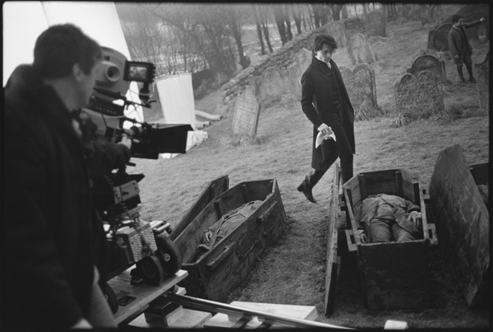 Johnny Depp on the Set of Sleepy Hollow (1999) Behind the Scenes