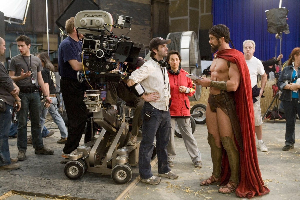 300 Behind the Scenes Photos & Tech Specs