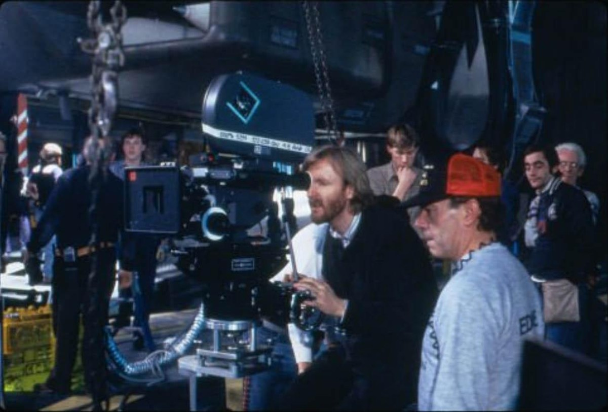 Aliens Behind the Scenes Photos & Tech Specs