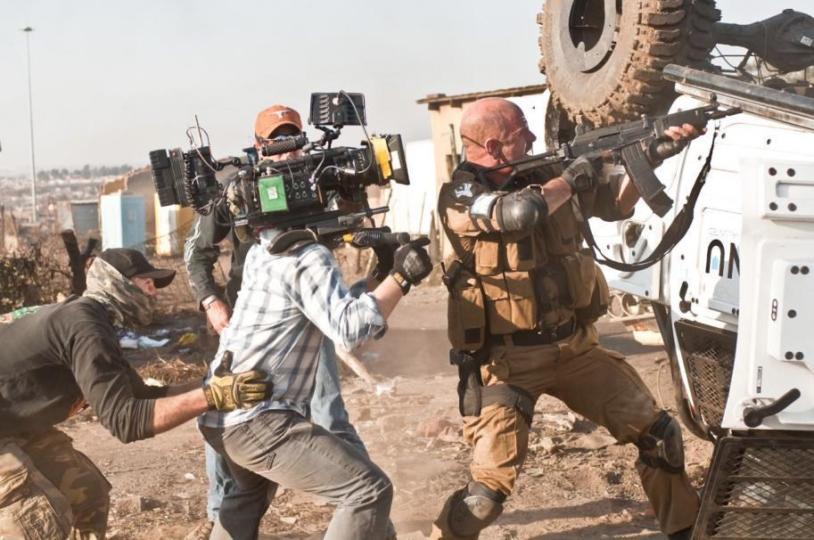 District 9 Behind the Scenes Photos & Tech Specs