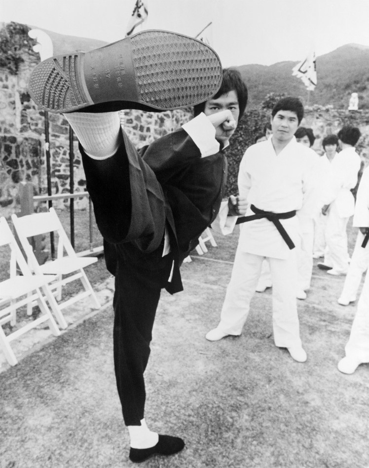 Bruce Lee's Kick : Enter the Dragon (1973) Behind the Scenes