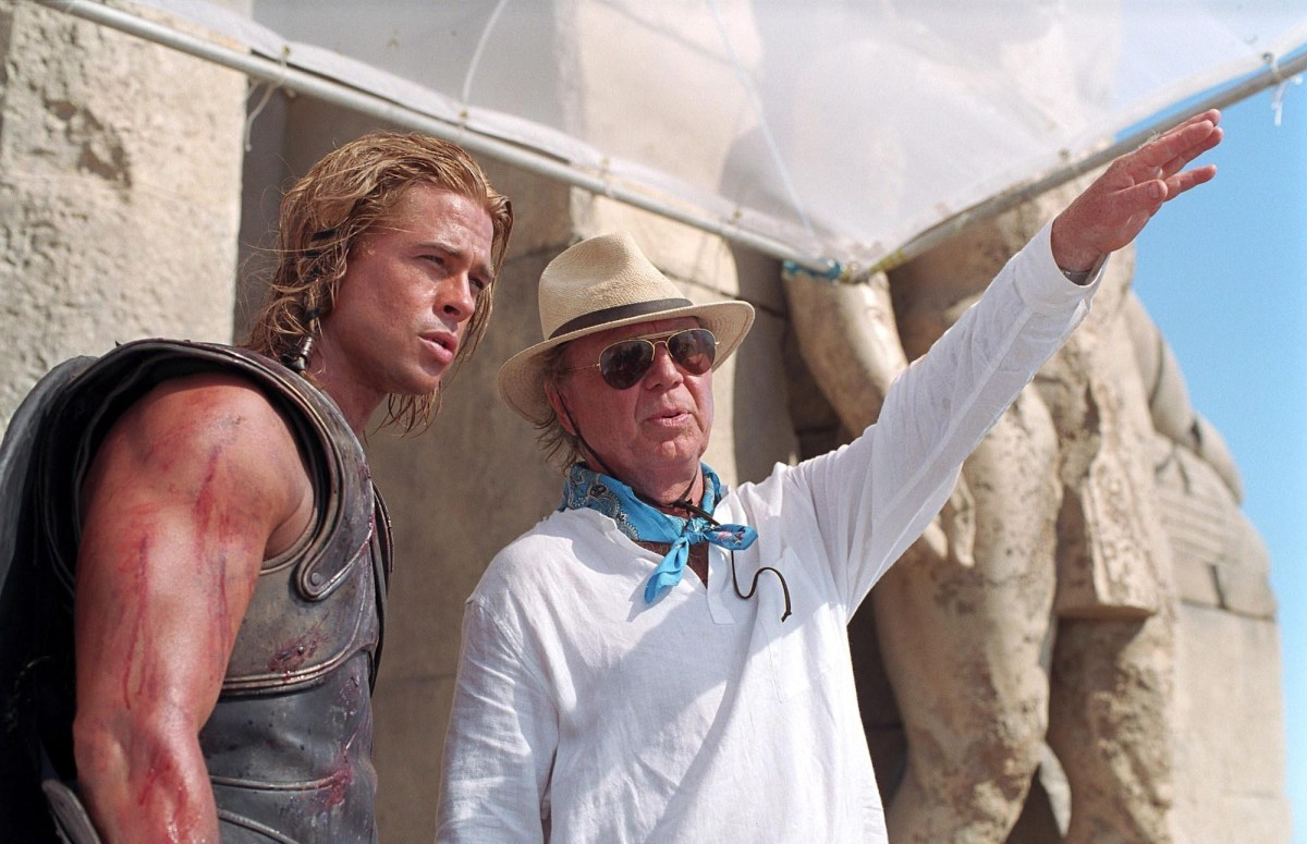 Brad Pitt with Petersen :Troy (2004) Behind the Scenes