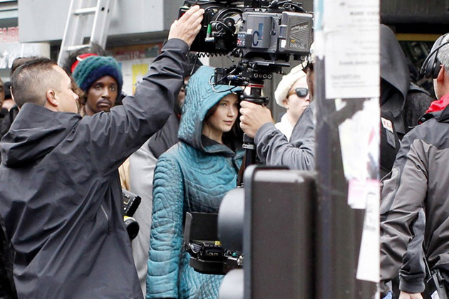 The Hunger Games: Mockingjay – Part 2 Behind the Scenes Photos & Tech Specs