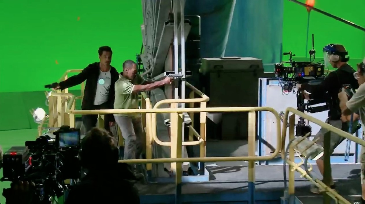 Iron Man 3 Behind the Scenes Photos & Tech Specs