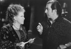 Bette Midler with Kenny Ortega : Hocus Pocus (1993) - Behind the Scenes photos