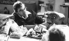 Making Of The Character E.T. - Behind the Scenes photos