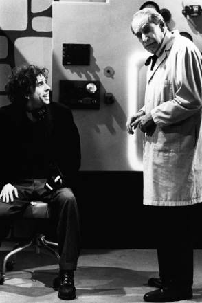 Tim Burton and Martin Landau : Ed Wood (1994) - Behind the Scenes photos