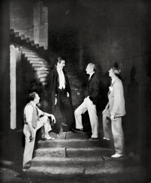 A Still From The Film Dracula (1931) - Behind the Scenes photos