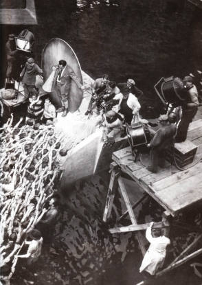 Filming Metropolis (1927) - Behind the Scenes photos