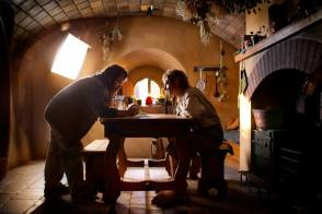 Peter Jackson with Martin Freeman - Behind the Scenes photos