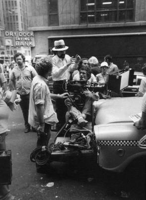 Martin Scorsese directing Taxi Driver (1976) - Behind the Scenes photos