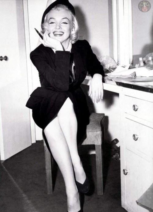 Beautiful Marilyn Monroe Behind the Scenes
