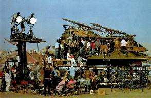 Jabba's Sail Barge Set : Return of the Jedi - Behind the Scenes photos