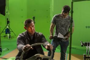 Robert Rodriguez directs Josh Brolin - Behind the Scenes photos