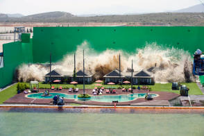 An Artificial Tsunami in a Film - Behind the Scenes photos