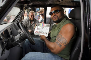 Quinton Jackson on the Set - Behind the Scenes photos