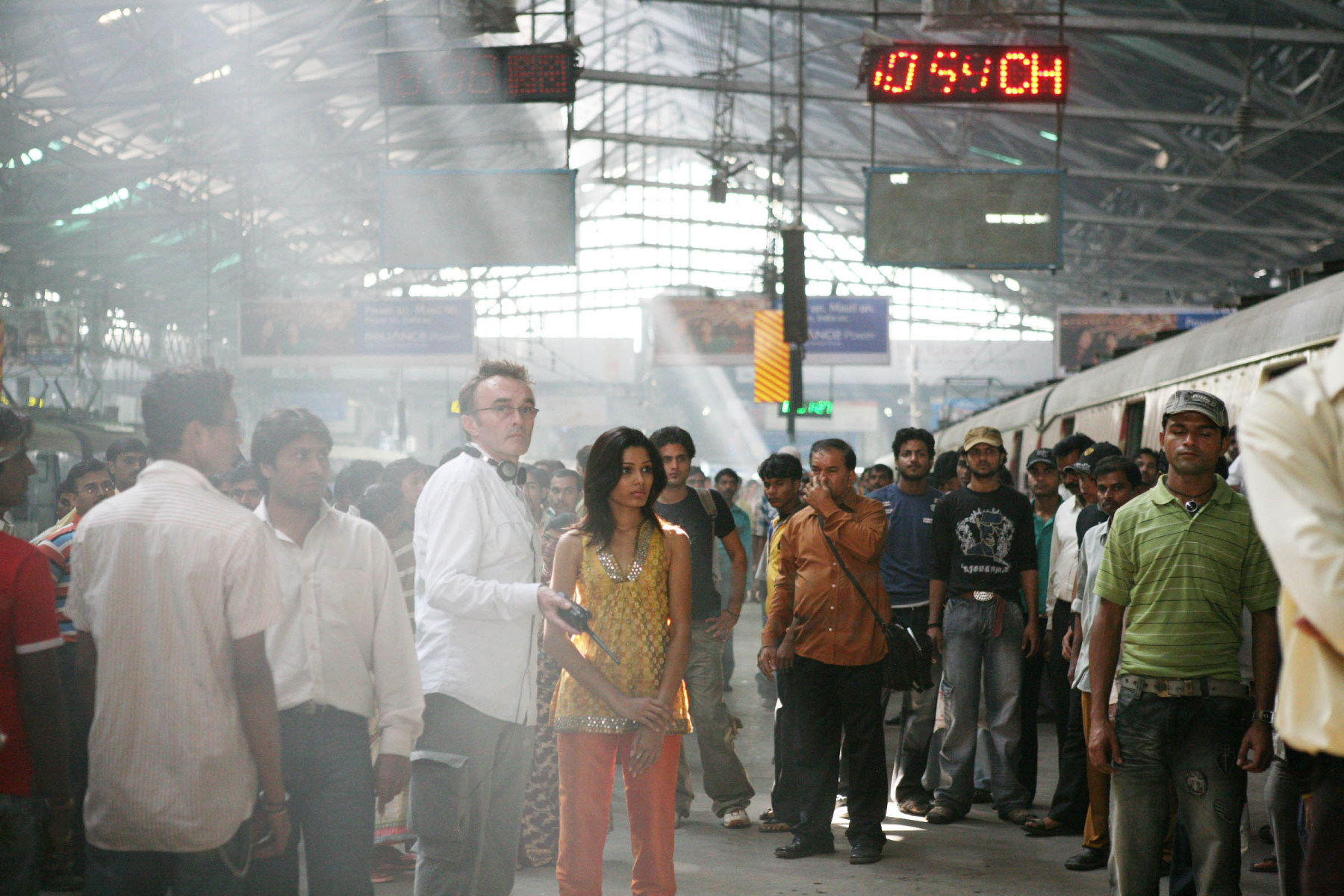 Slumdog Millionaire Behind the Scenes Photos & Tech Specs