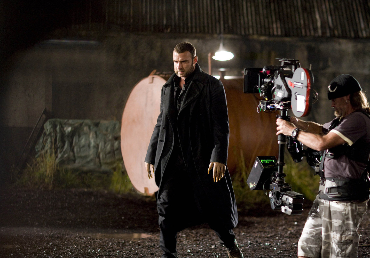 X-Men Origins: Wolverine Behind the Scenes Photos & Tech Specs