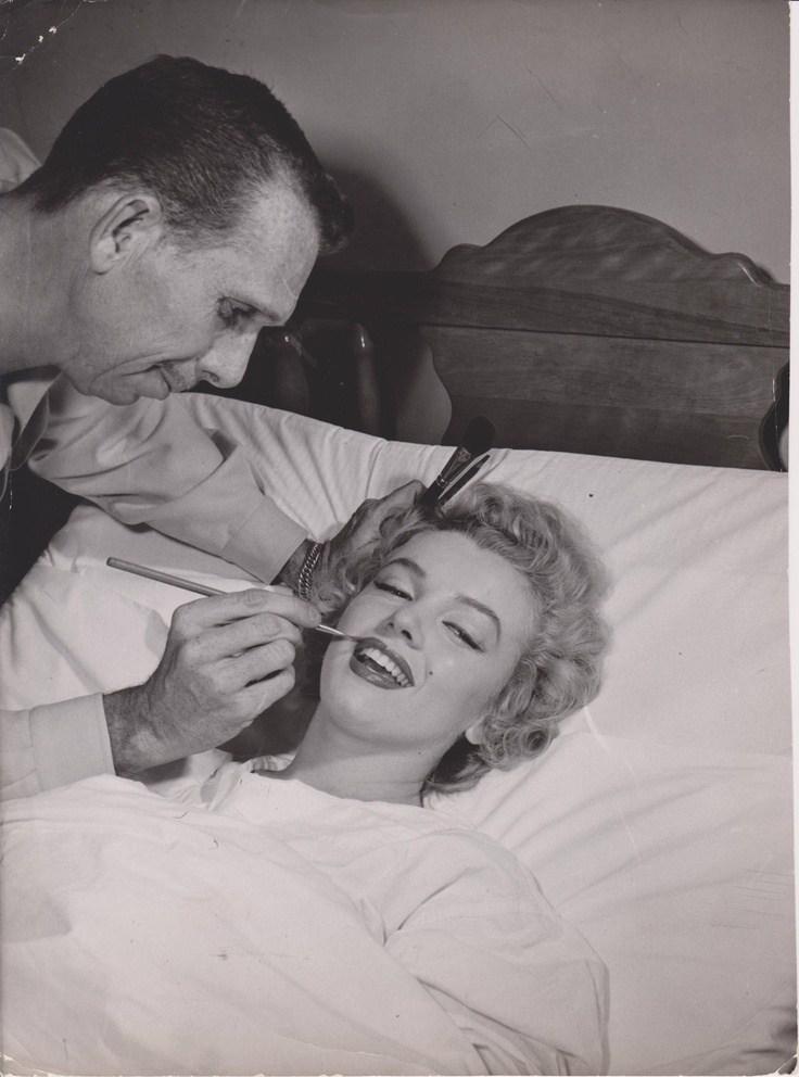 Marilyn Monroe Behind the Scenes