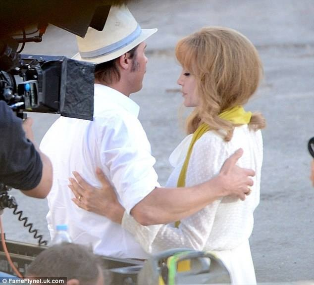 On Location : By the Sea (2015) Behind the Scenes