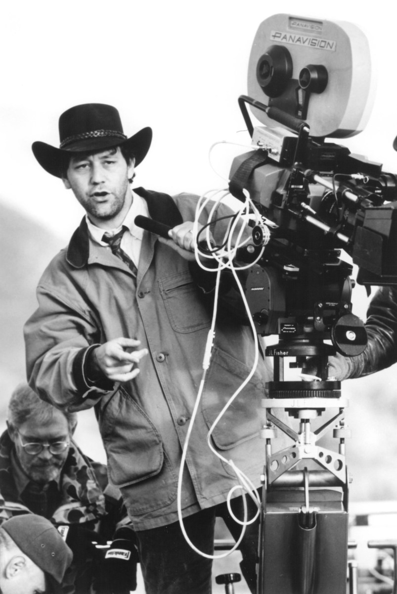 Sam Raimi Directs Behind the Scenes