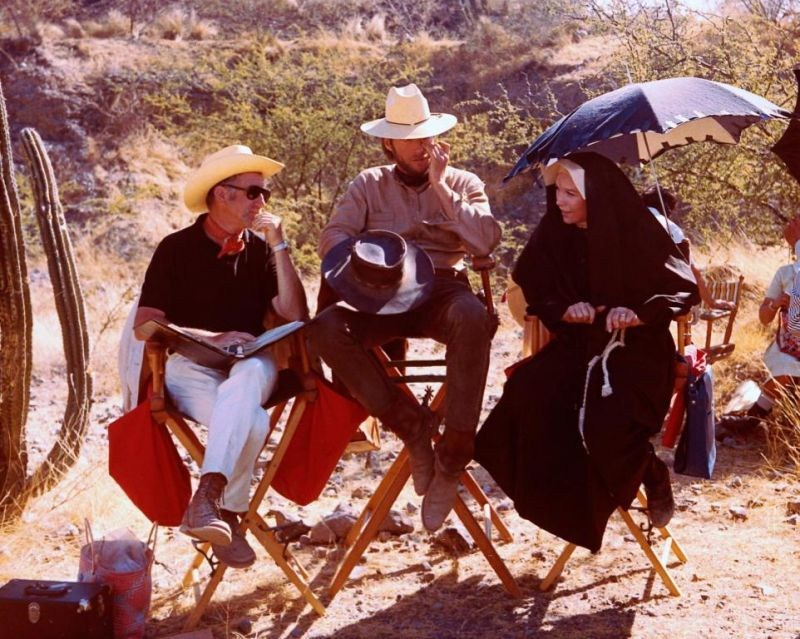 On Set of Two Mules for Sister Sara (1970) Behind the Scenes