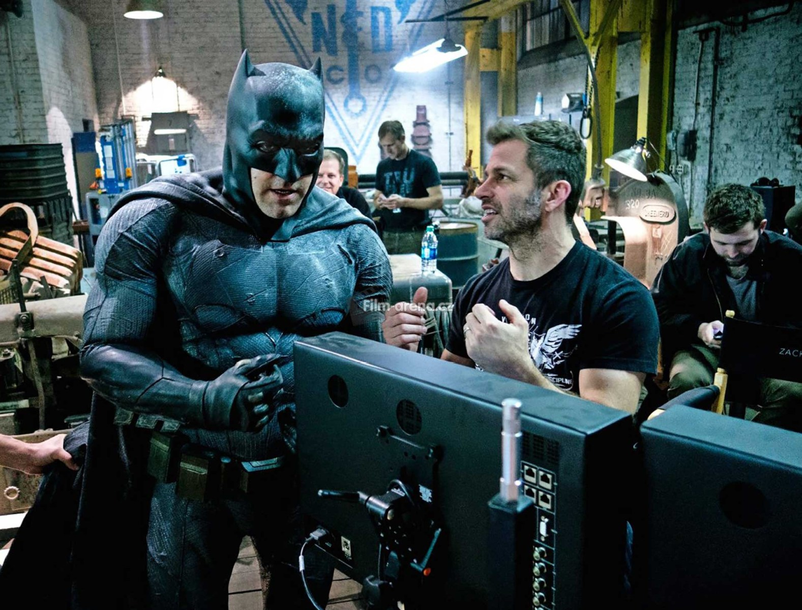 Zack Snyder Directs Behind the Scenes