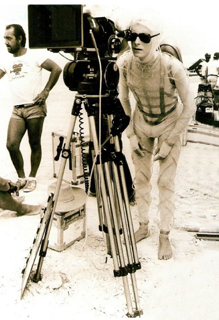 On Location : The Man Who Fell to Earth (1976) Behind the Scenes