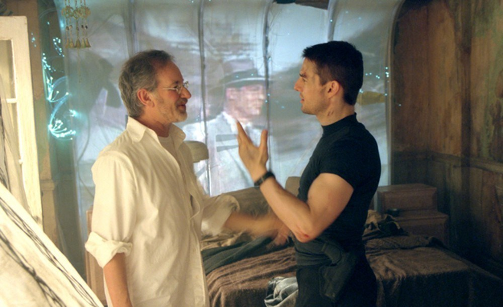 Minority Report Behind the Scenes Photos & Tech Specs