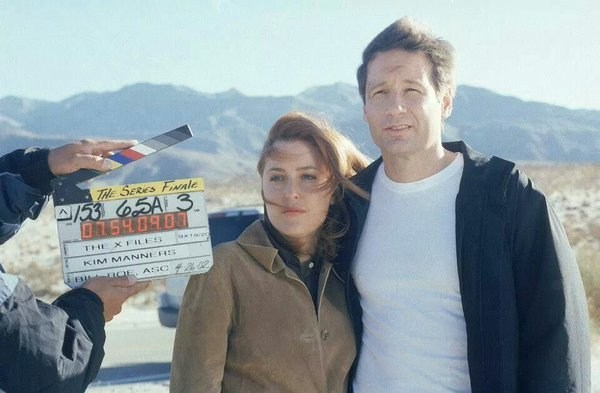 Scully and Mulder Behind the Scenes