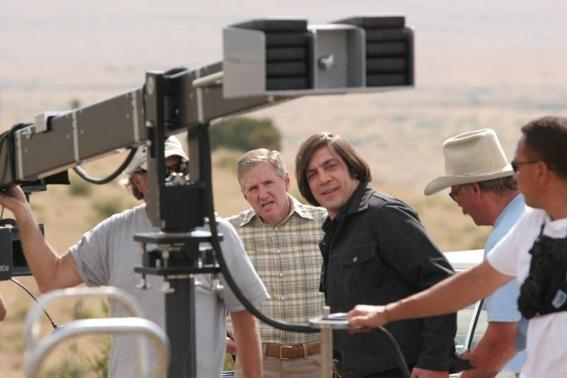 No Country for Old Men Behind the Scenes Photos & Tech Specs
