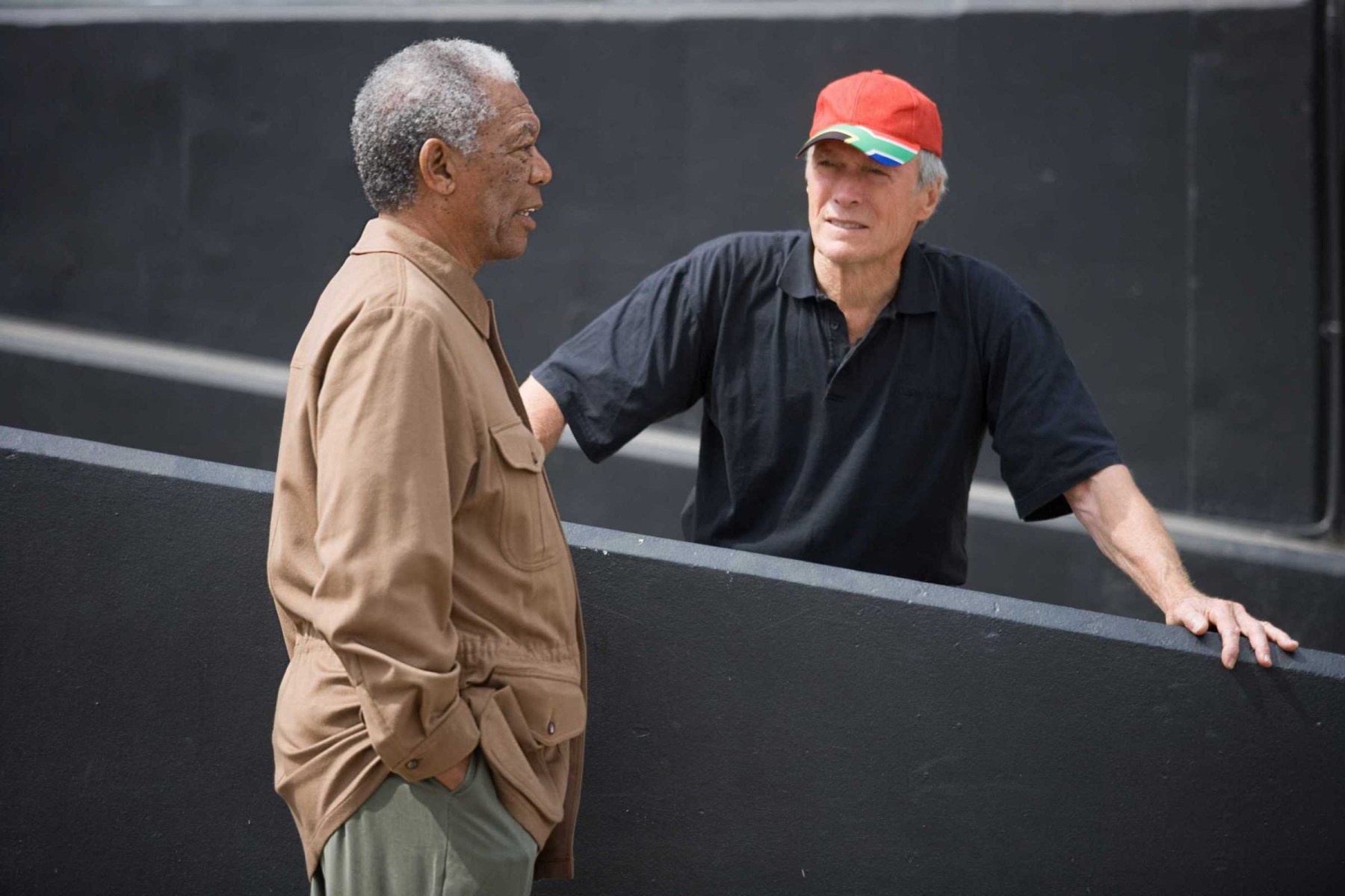 Clint Eastwood Is Talking with Nelson Mandela ??? Behind the Scenes