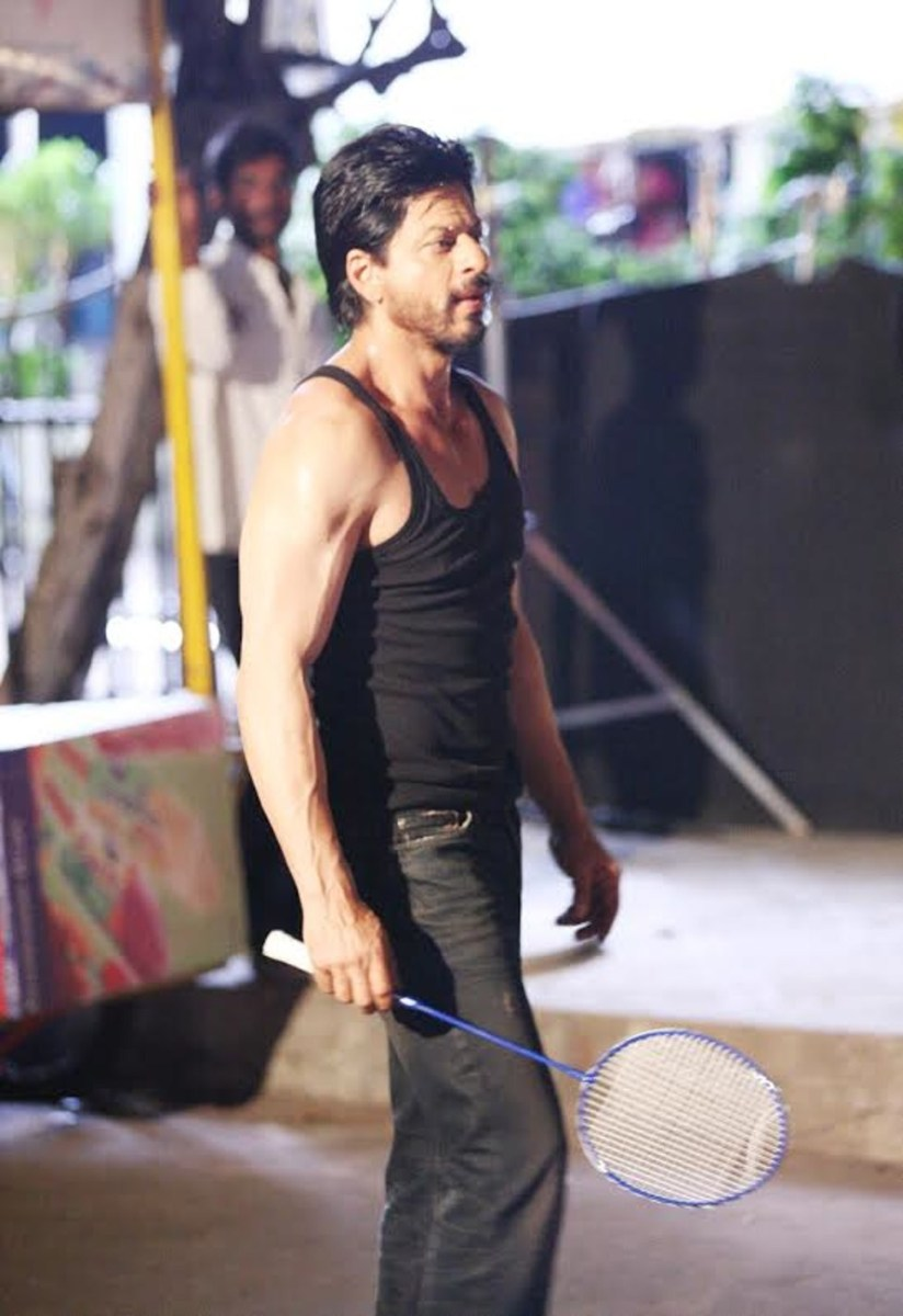 SRK Plays Badminton Behind the Scenes