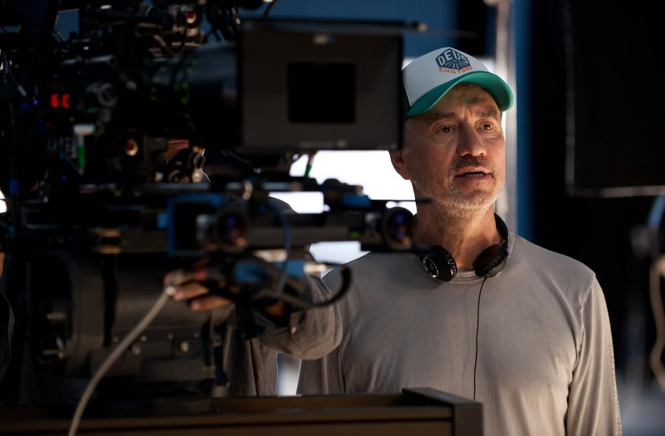 Roland Emmerich Directs Behind the Scenes
