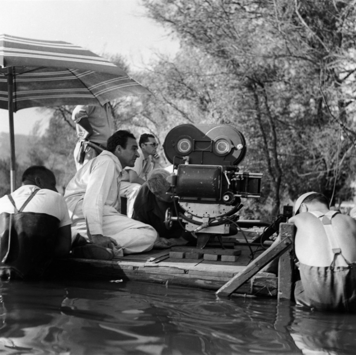 On Set of The Night of the Hunter (1955) Behind the Scenes