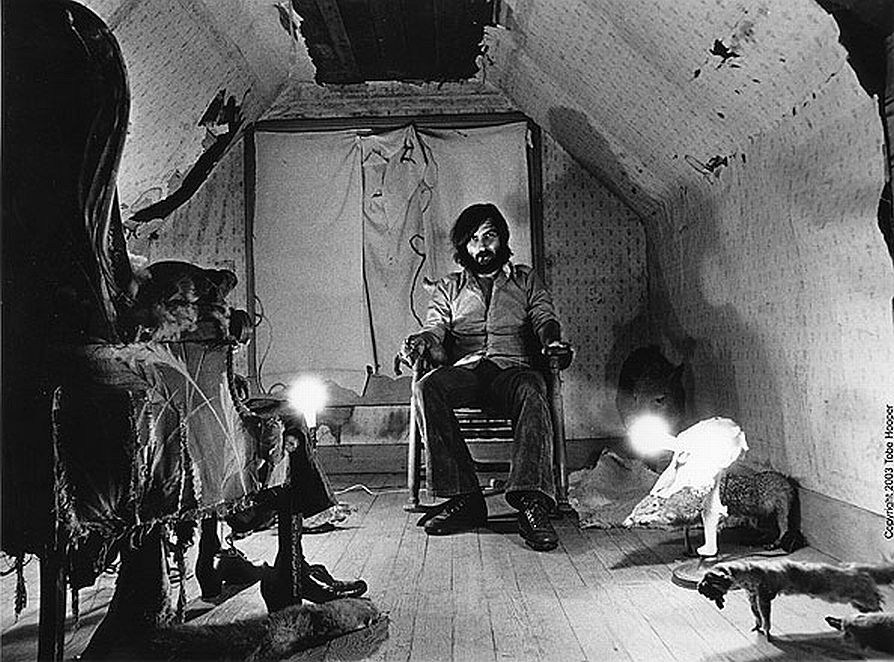 Tobe Hooper on the Set Behind the Scenes