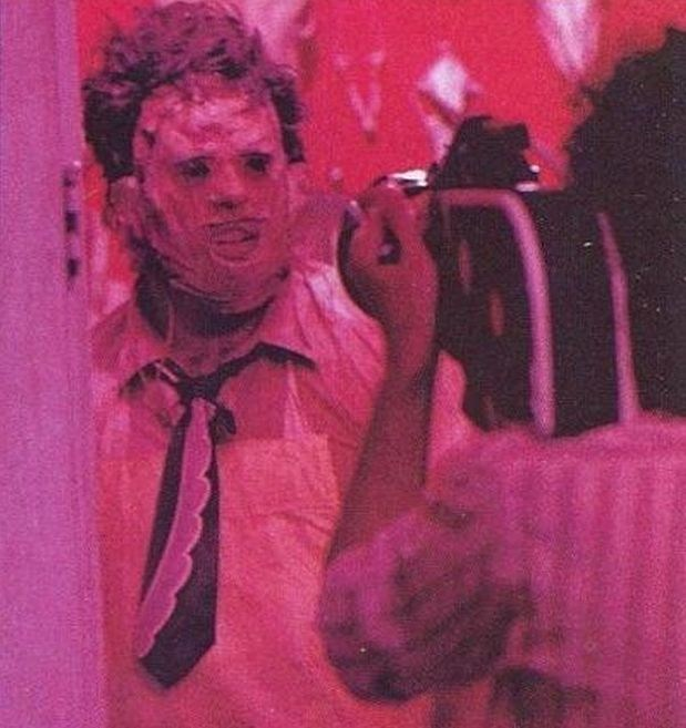 Gunnar Hansen as Leatherface Behind the Scenes