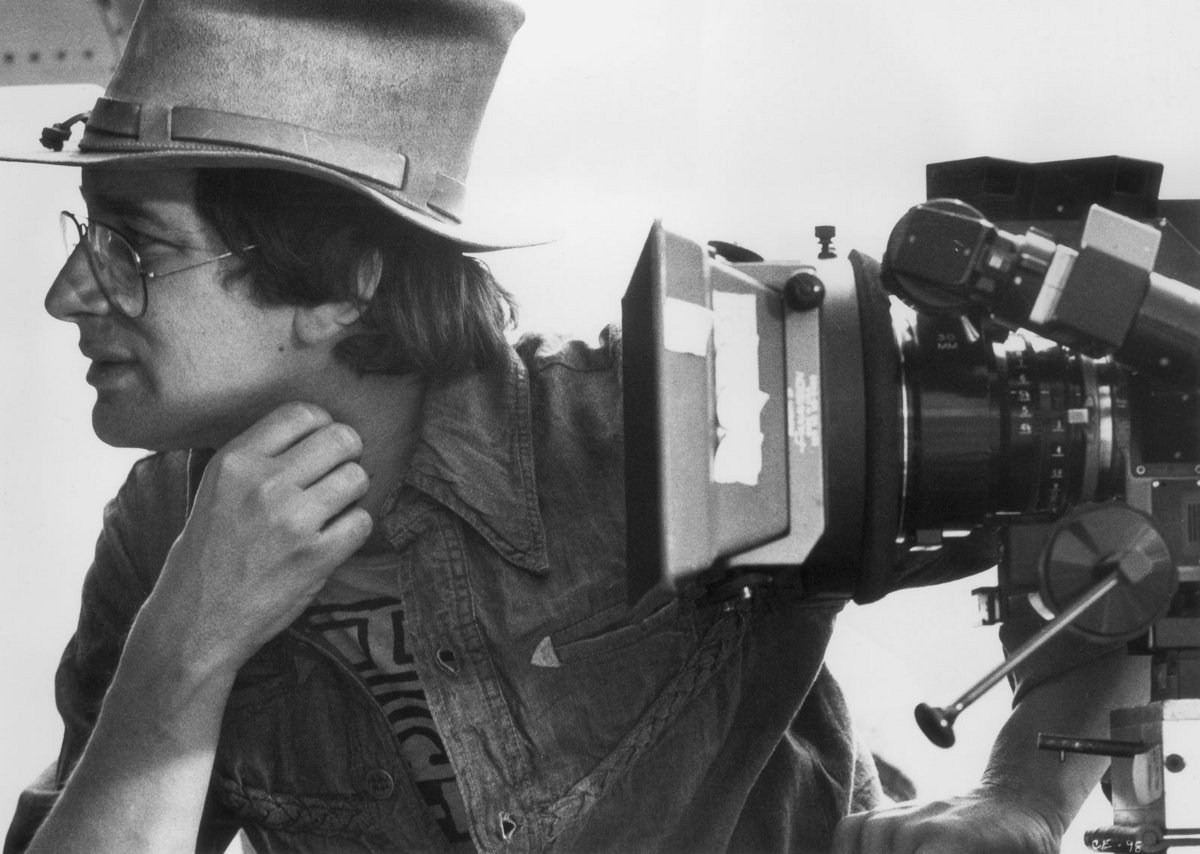 Steven Spielberg Directs Behind the Scenes