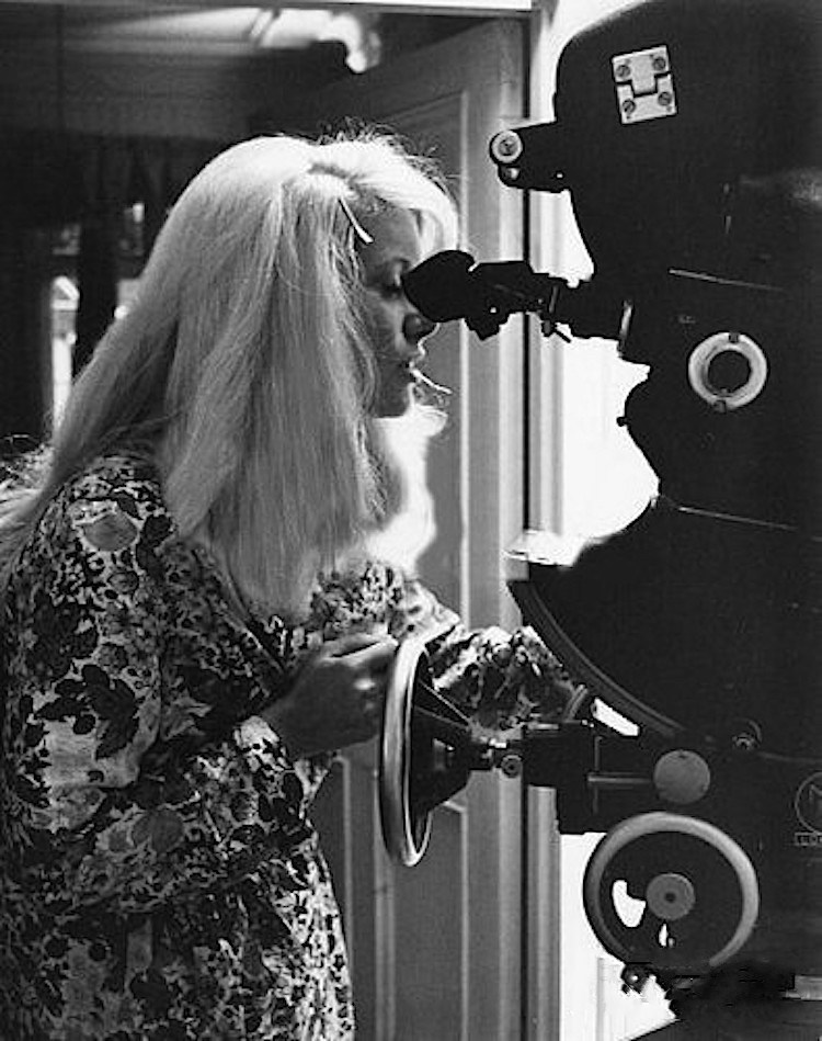 On Set of Repulsion (1965) Behind the Scenes