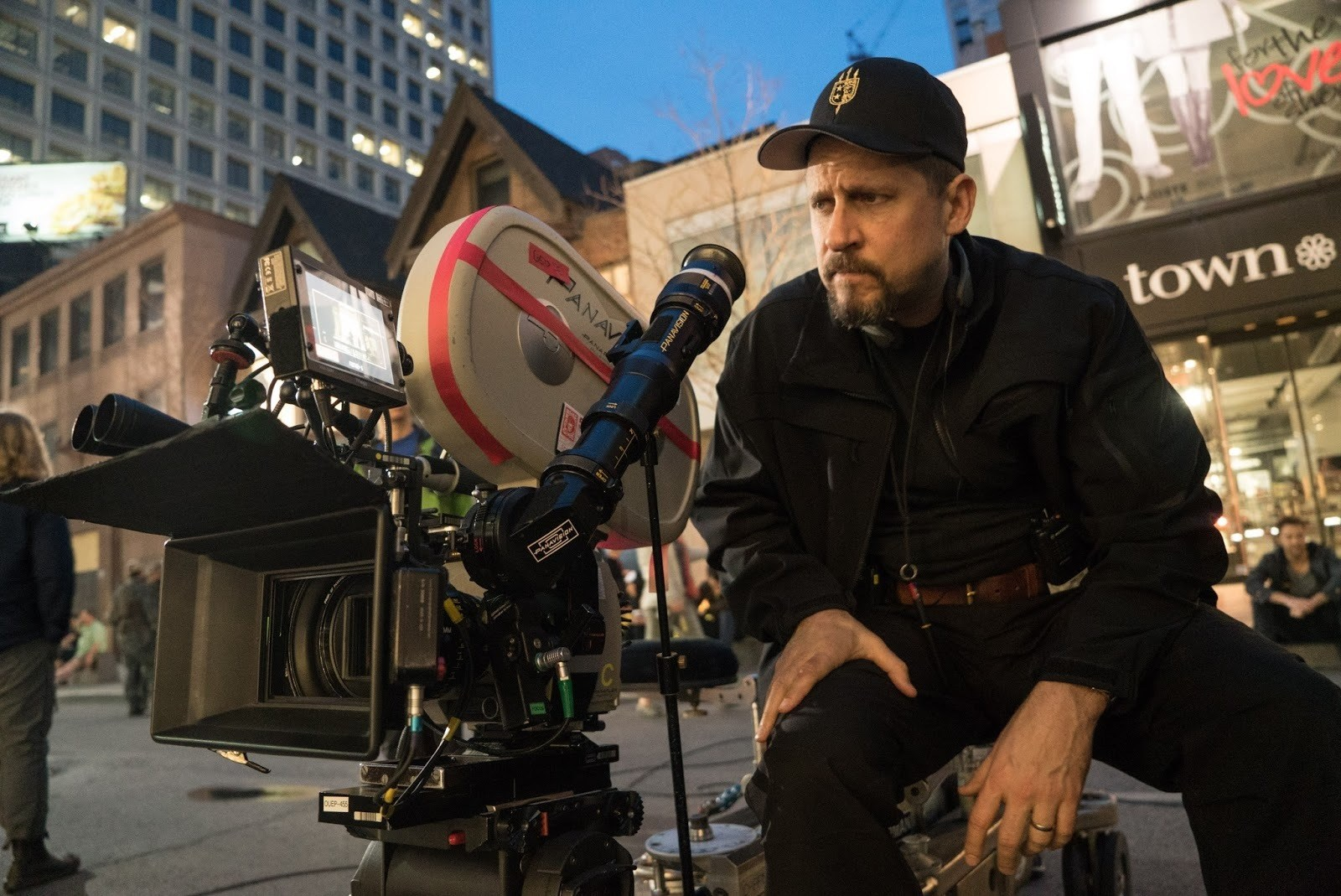 David Ayer Directs Behind the Scenes
