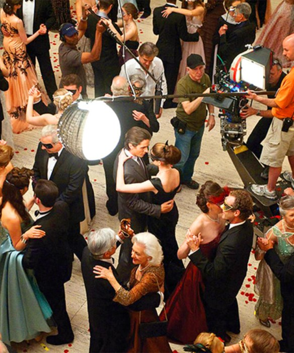 Bruce & Selina : Ball Scene Behind the Scenes