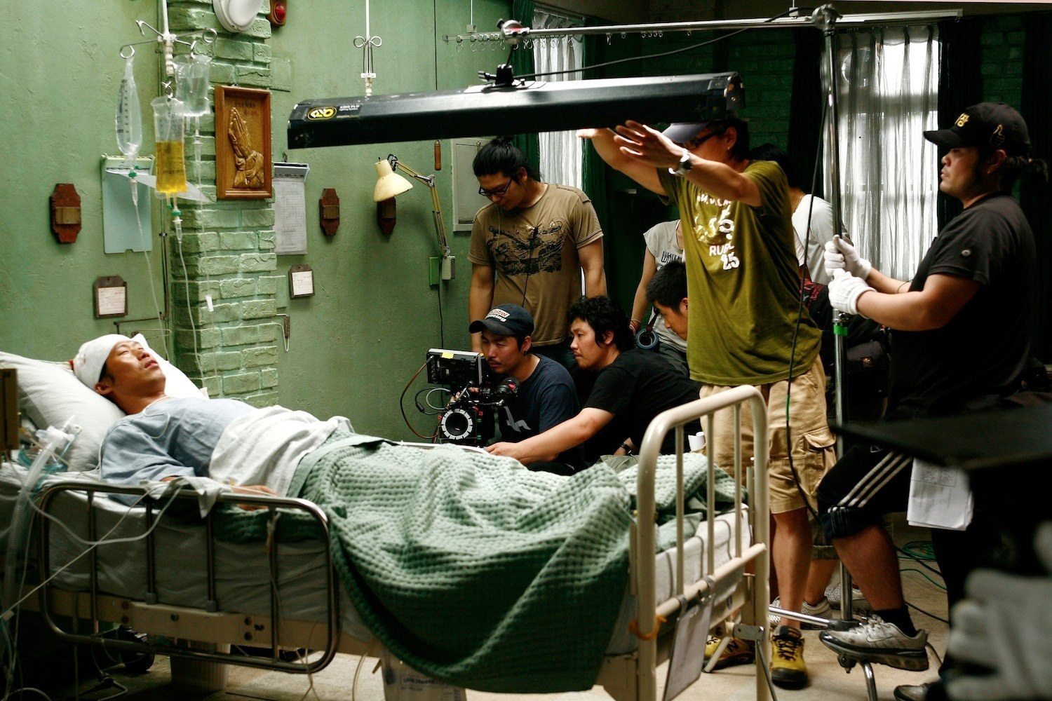 Filming Desire to Kill (2010) Behind the Scenes