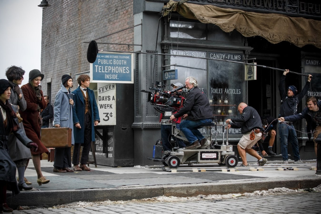 Filming Fantastic Beasts and Where to Find Them (2016) Behind the Scenes