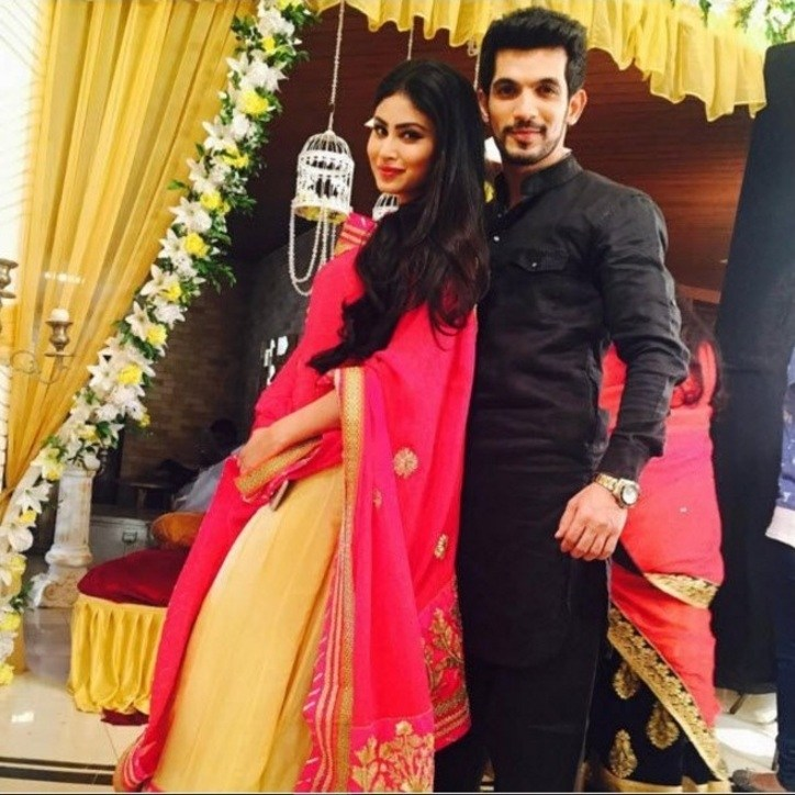 The Beautiful Couple from Naagin (2015) Behind the Scenes