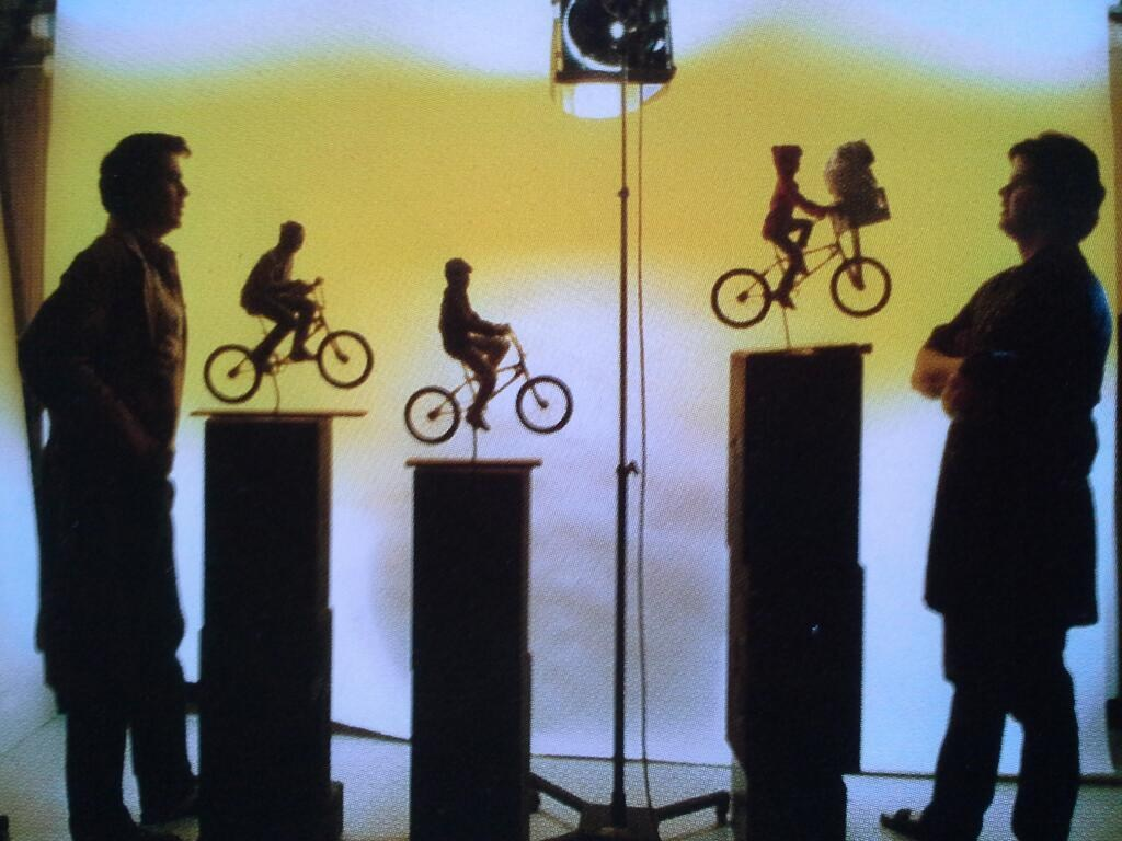 A Historical Picture from E.T. Behind the Scenes
